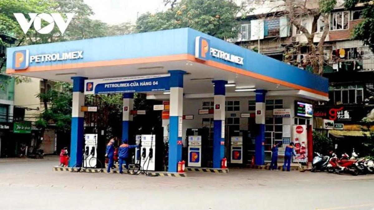 Các cửa hàng xăng, dầu phải hoạt động liên tục trong mọi trường hợp, tuân thủ đúng như Nghị định 83/CP về kinh doanh xăng dầu.