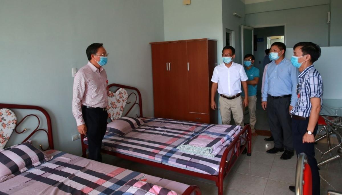 Lãnh đạo BSR kiểm tra khu vực ăn nghỉ của CBCNV trong NMLD Dung Quất.