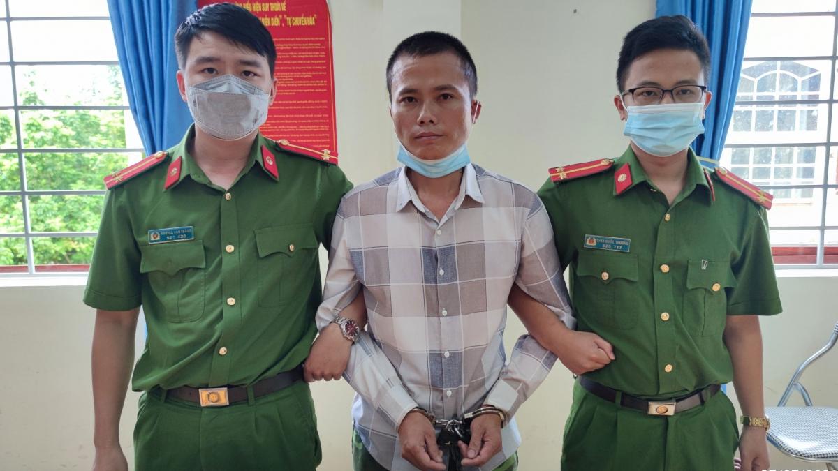 Đối tượng Hoàng Bá Tước bị bắt giữ.