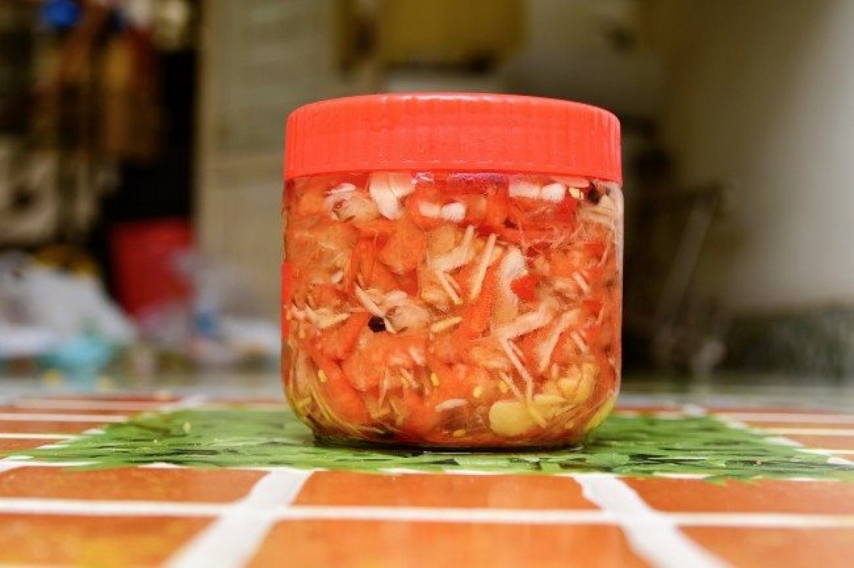 A jar of Binh Dinh-style pickled shrimps