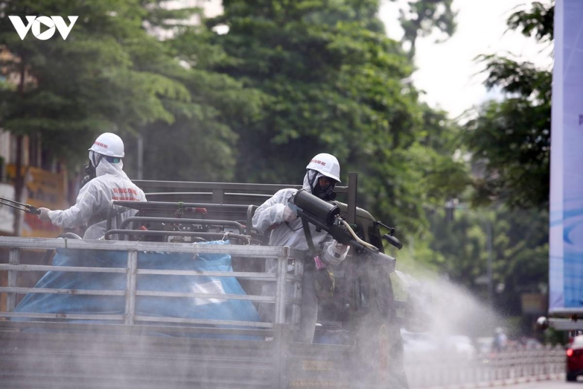 Một lực lượng khác sẽ được bố trí để phun khử khuẩn diện rộng tại địa bàn huyện Chương Mỹ, Hà Nội.