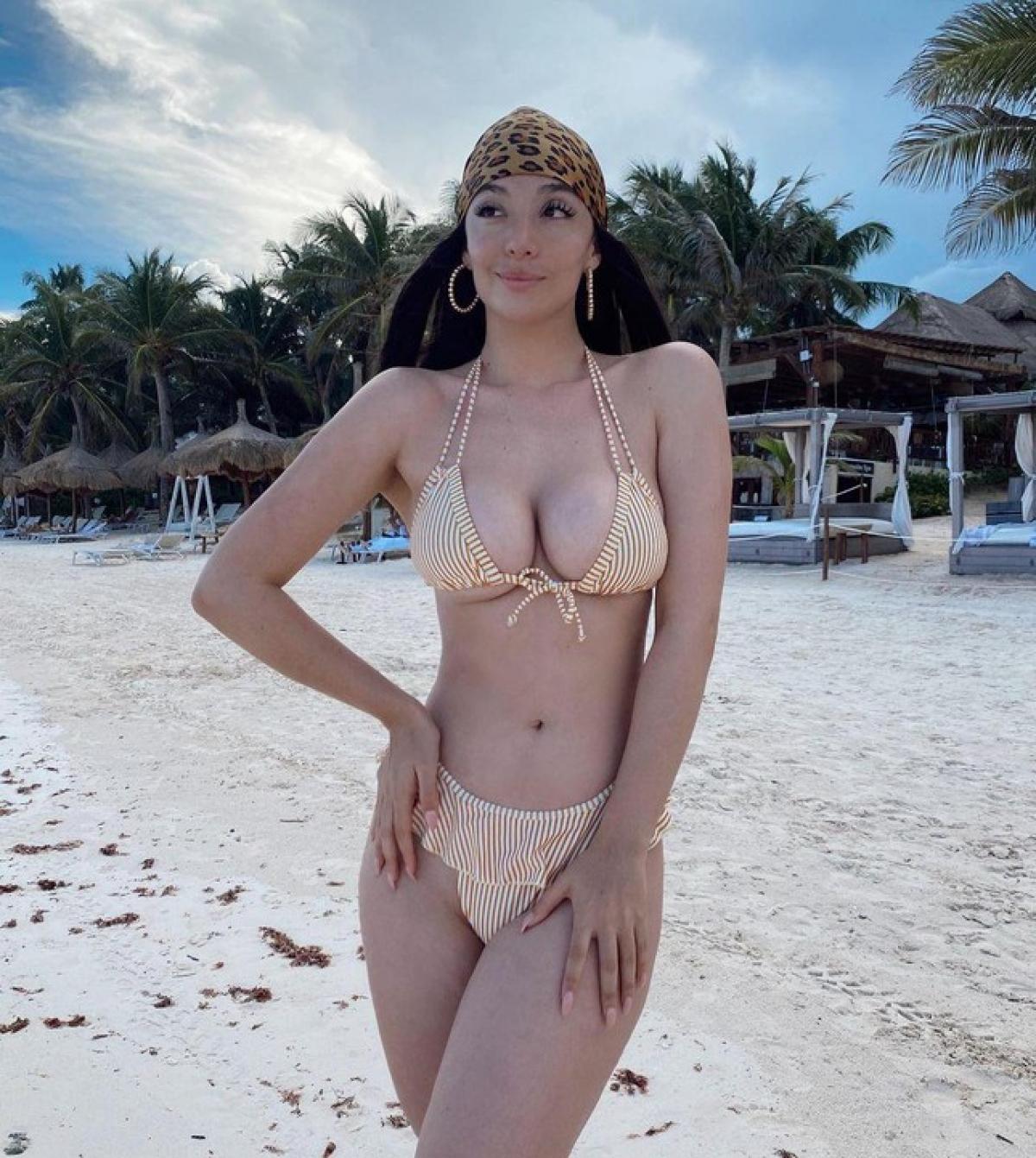 """Năm 2018 cô chuyển tới Mexico và xuất hiện trong series truyền hình """"Tres Milagros"""". Cô cũng có cơ hội tham gia vở nhạc kịch 'Las Mil y Una Noches' bên cạnh những tên tuổi nghệ sĩ hàng đầu của Mexico."""