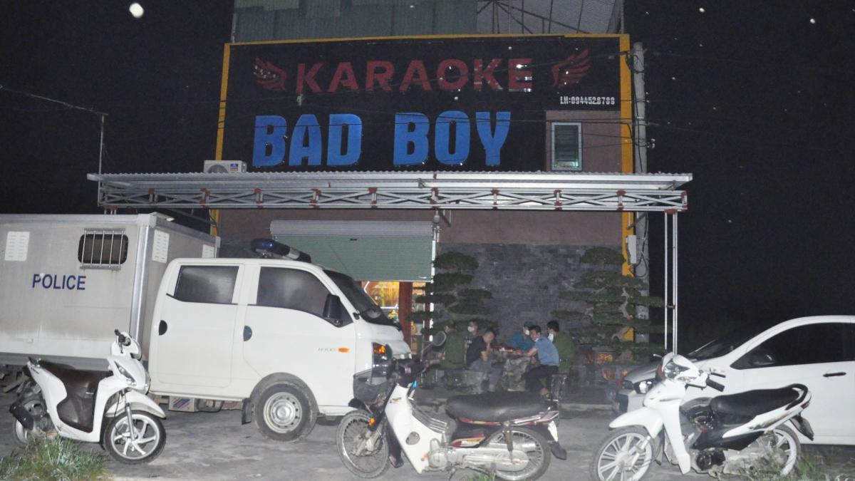 Quán karaoke Bad boy
