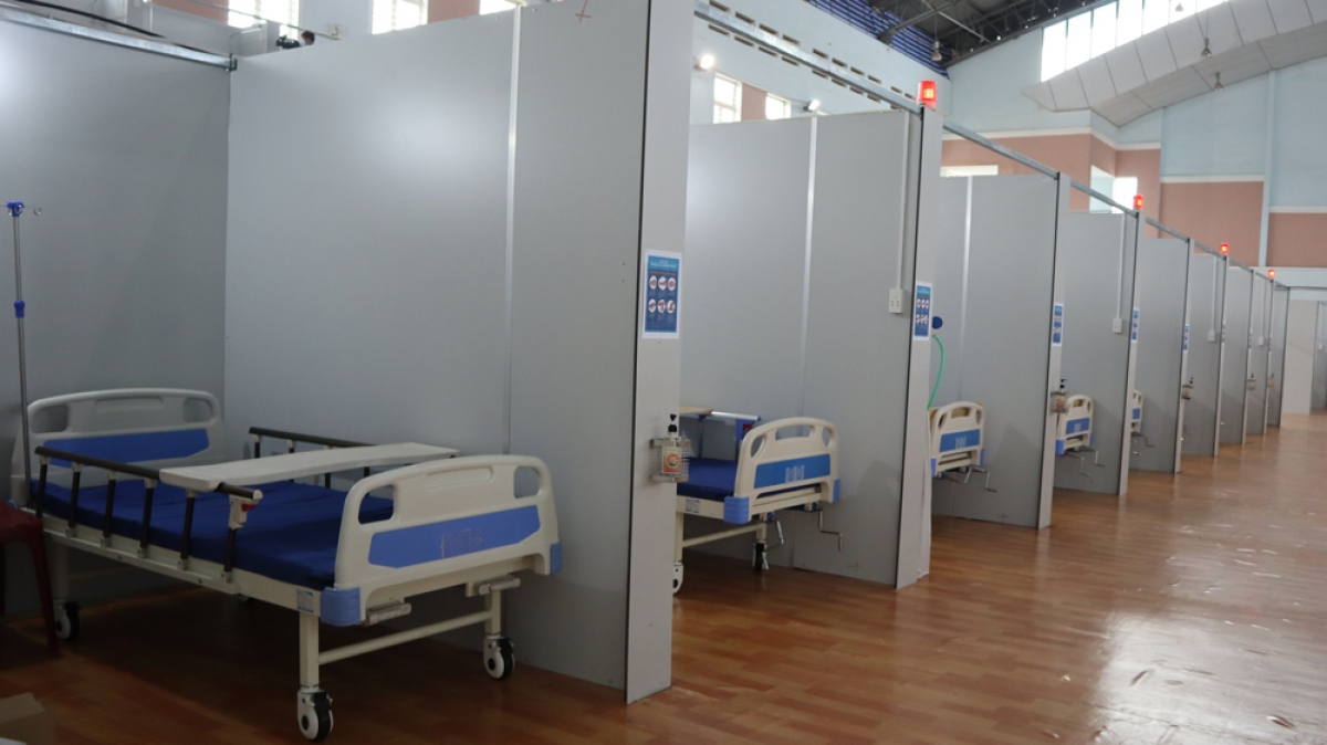 Số ca mắc COVID-19 tăng liên tục, UBND tỉnh Bình Phước chủ trương lập thêm 2 bệnh viện dã chiến.