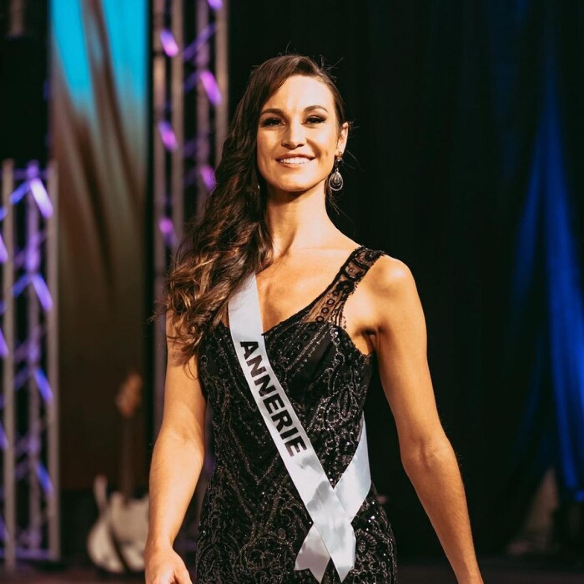 Như vậy, cô sẽ đại diện cho Namibia tham dự cuộc thi Miss World 2021 vào tháng 11 tới tại Puerto Rico cùng với Hoa hậu Đỗ Thị Hà.