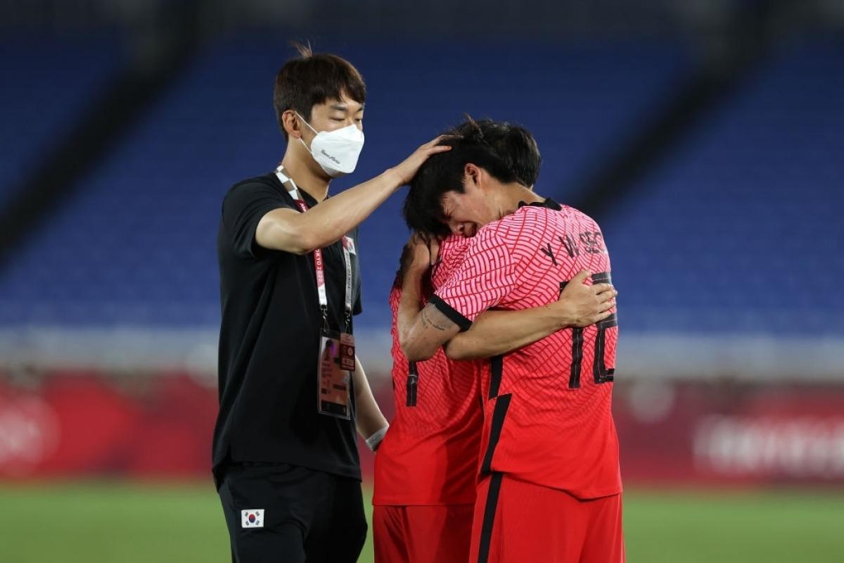 Những nỗ lực của Hàn Quốc chỉ được đền đáp với bàn gỡ muộn màng của Hwang Ui Jo ở phút 90. (Ảnh: Getty)