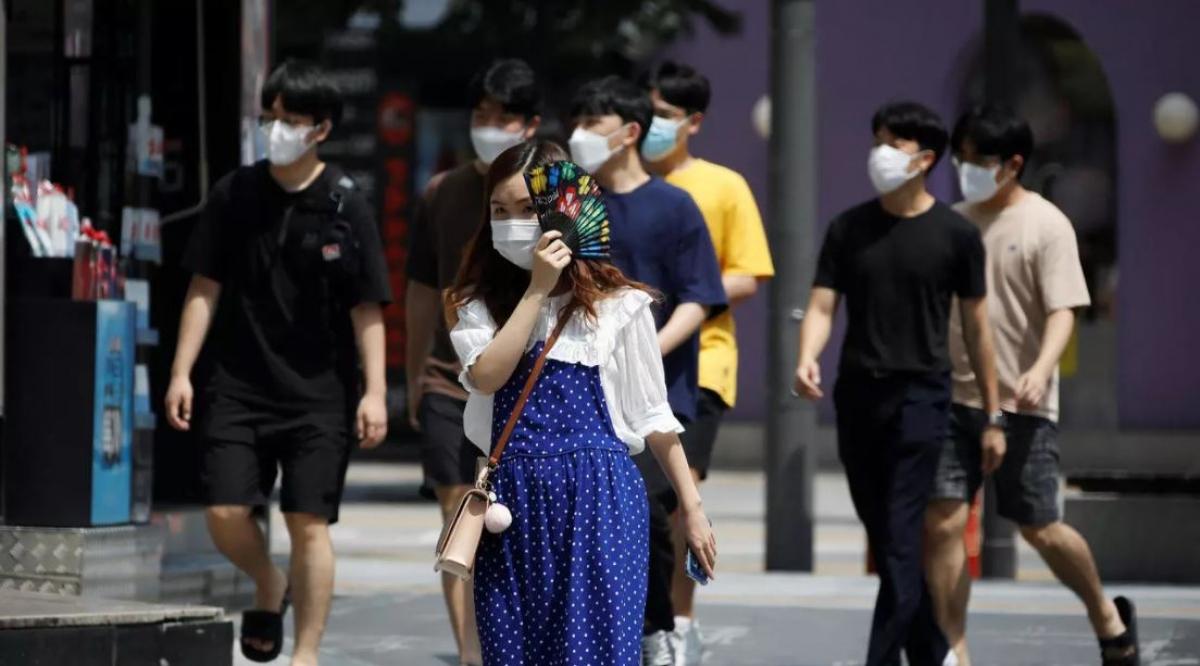 Tỷ lệ lây nhiễm biến thể Delta tại Hàn Quốc có thể vượt quá 50%. Ảnh: Reuters