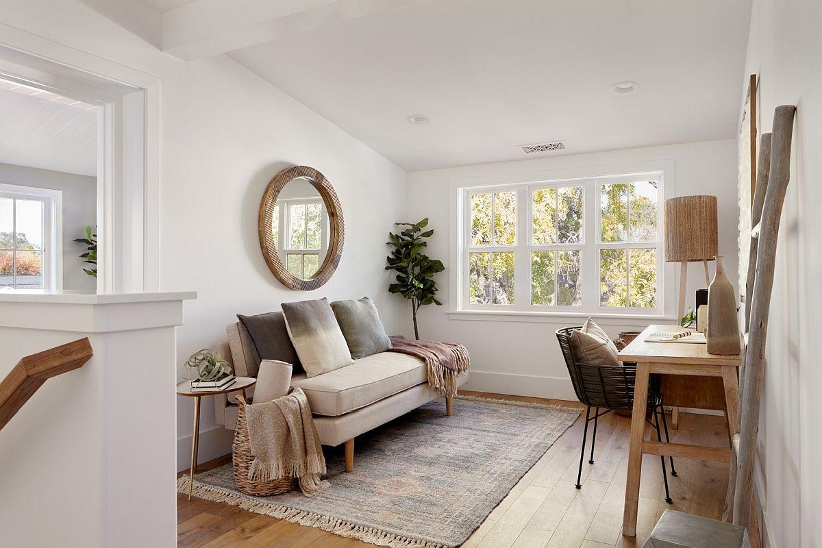 Hay một phòng làm việc tại gia trở thành phần mở rộng của căn nhà nhưng vẫn rất riêng tư, thoải mái.