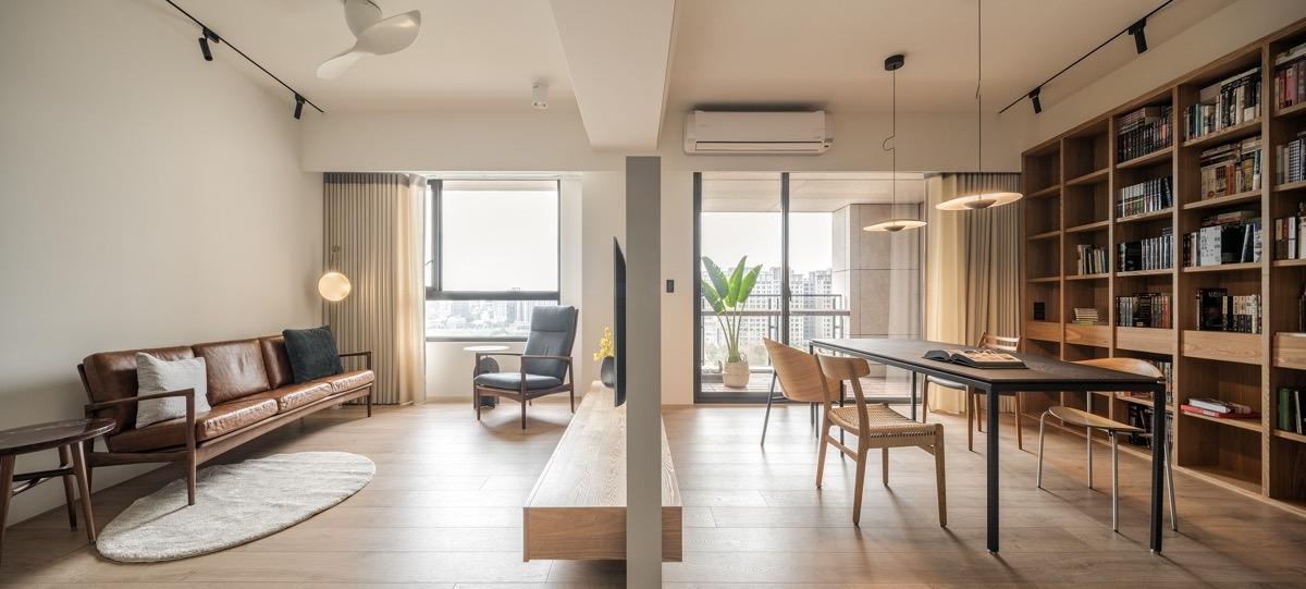 Tạo một không gian riêng cho phòng đọc sách thông qua bức tường ngăn nhỏ, phù hợp với những căn hộ nhỏ, hiện đại. Bức tường lửng giúp cho không gian bớt cảm giá chật chột, đồng thời duy trì chia sẻ ánh sáng và điều hòa không khí.
