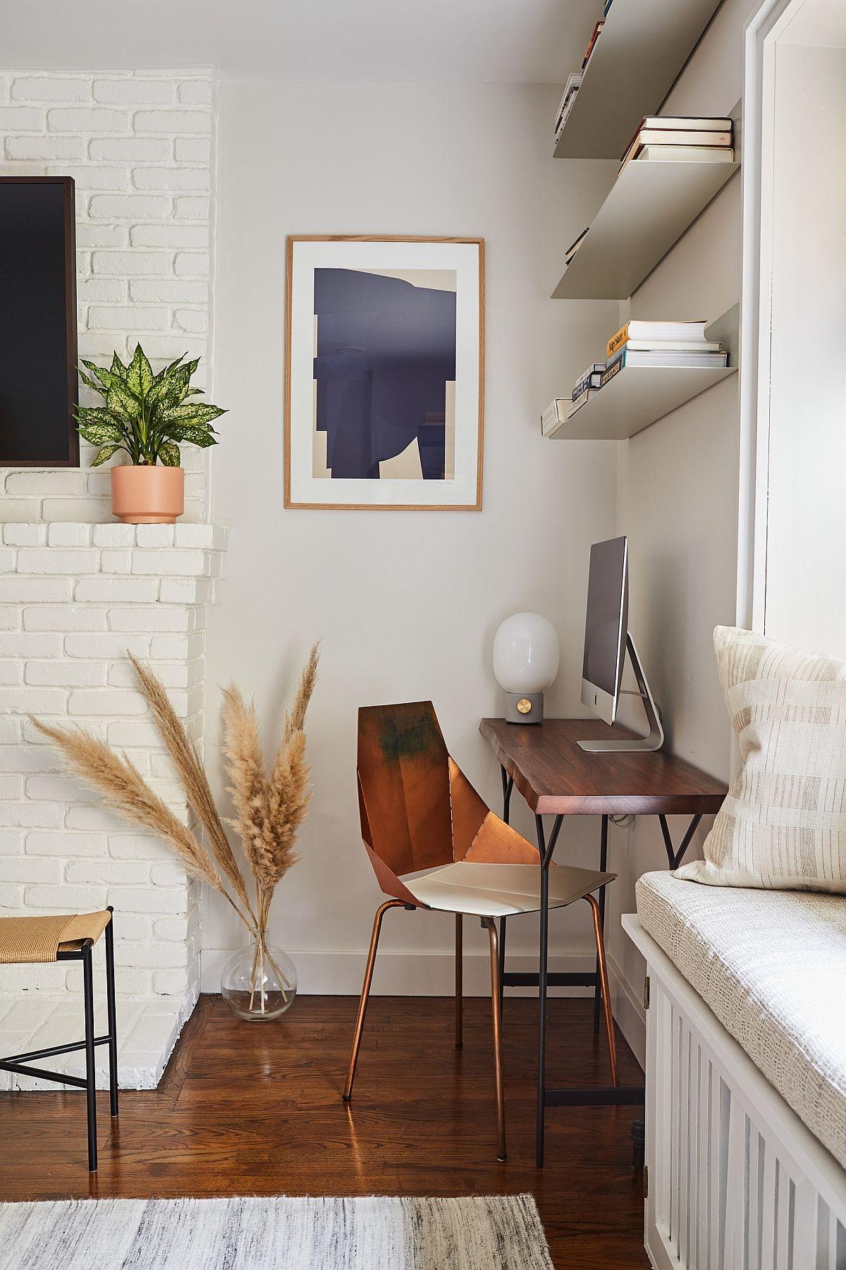 Một ý tưởng về không gian làm việc tại nhà phù hợp với những gia chủ thích sự nhỏ nhắn, ấm cúng.