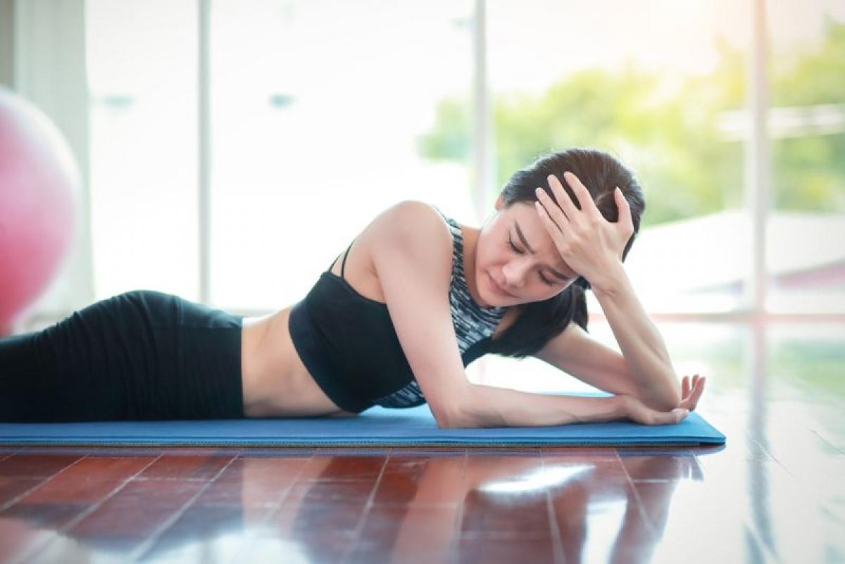 Nghiện tập thể dục: Tập thể dục là một phần quan trọng của lối sống lành mạnh và các chuyên gia khuyến cáo nên tập thể dục mỗi ngày. Tuy nhiên, tập thể dục vô thức hoặc không kiểm soát có thể là dấu hiệu cho thấy thói quen lành mạnh này đã phát triển thành nghiện. Nghiện tập thể dục có thể dẫn đến kiệt sức, chấn thương và giảm cân không lành mạnh.