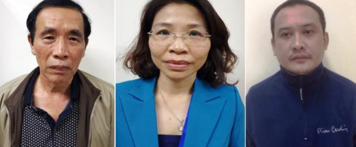 Từ trái qua, các bị can Nguyễn Tiến Học, Phạm Thị Kim Tuyến, Lê Duy Tuấn