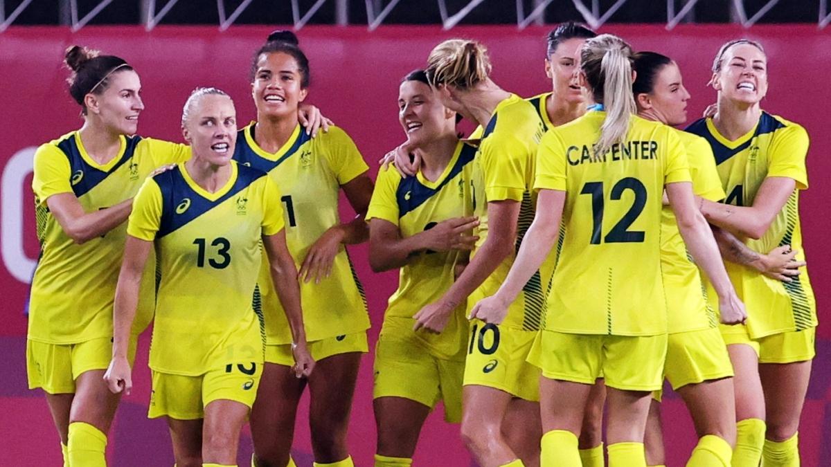 ĐT nữ Australia sẽ đối mặt với thách thức từ Thụy Điển trong lần đầu tiên vào bán kết Olympic. (Ảnh:Reuters).