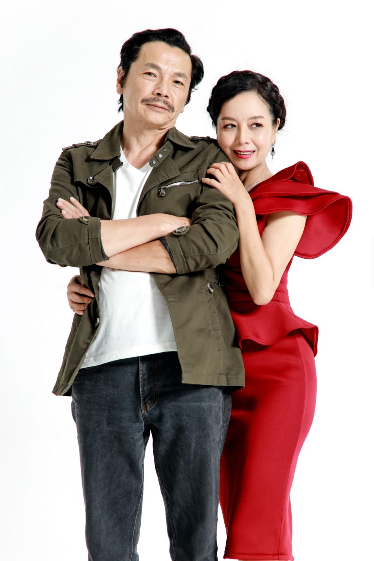 """NSND Trung Anh và NSƯT Chiều Xuân có vai diễn đáng nhớ trong phim truyền hình """"Mặt nạ hạnh phúc""""."""