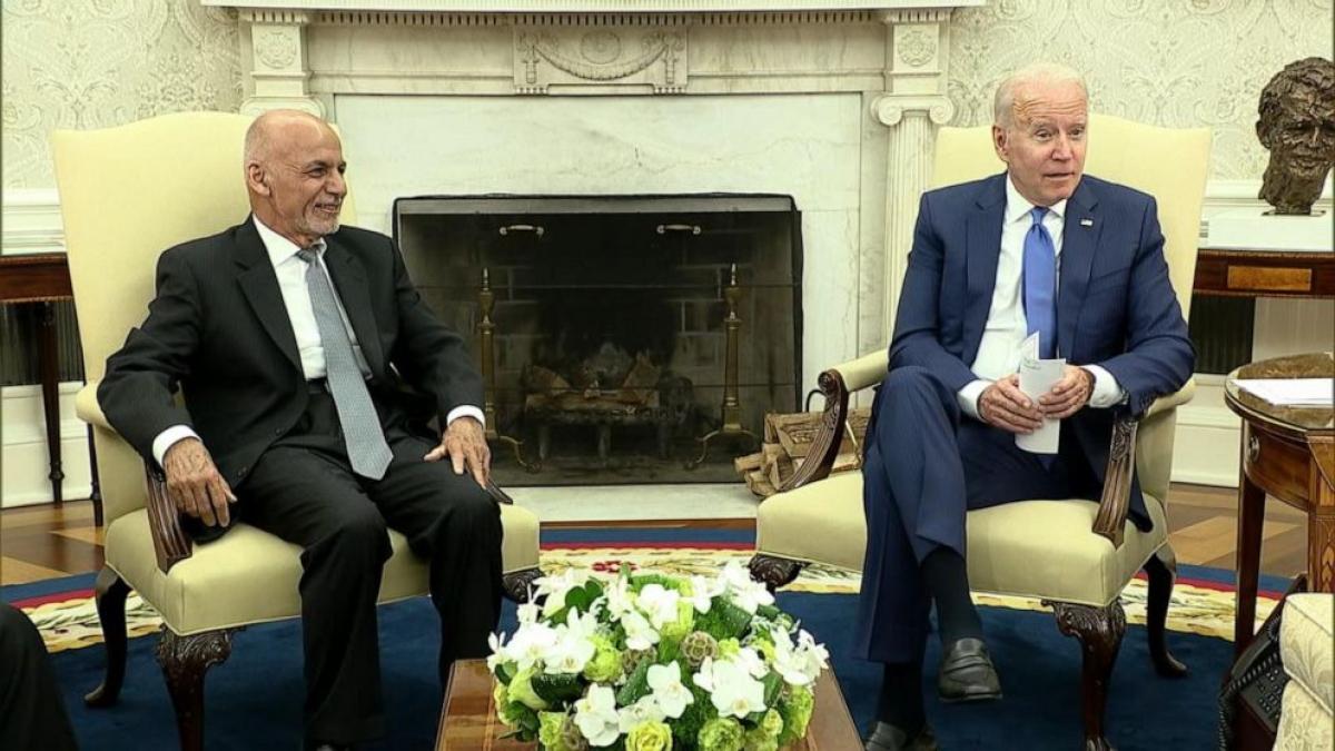 Tổng thống Afghanistan Ghani gặp Tổng thống Mỹ Biden tại Nhà Trắng cuối tháng 6/2021. Ảnh: ABC News