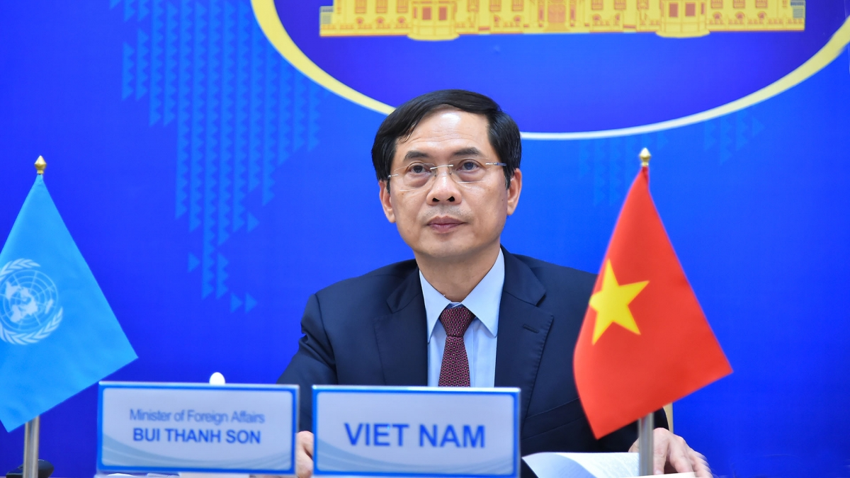 Bộ trưởng Ngoại giao nước Cộng hòa xã hội chủ nghĩa Việt NamBùi Thanh Sơn.