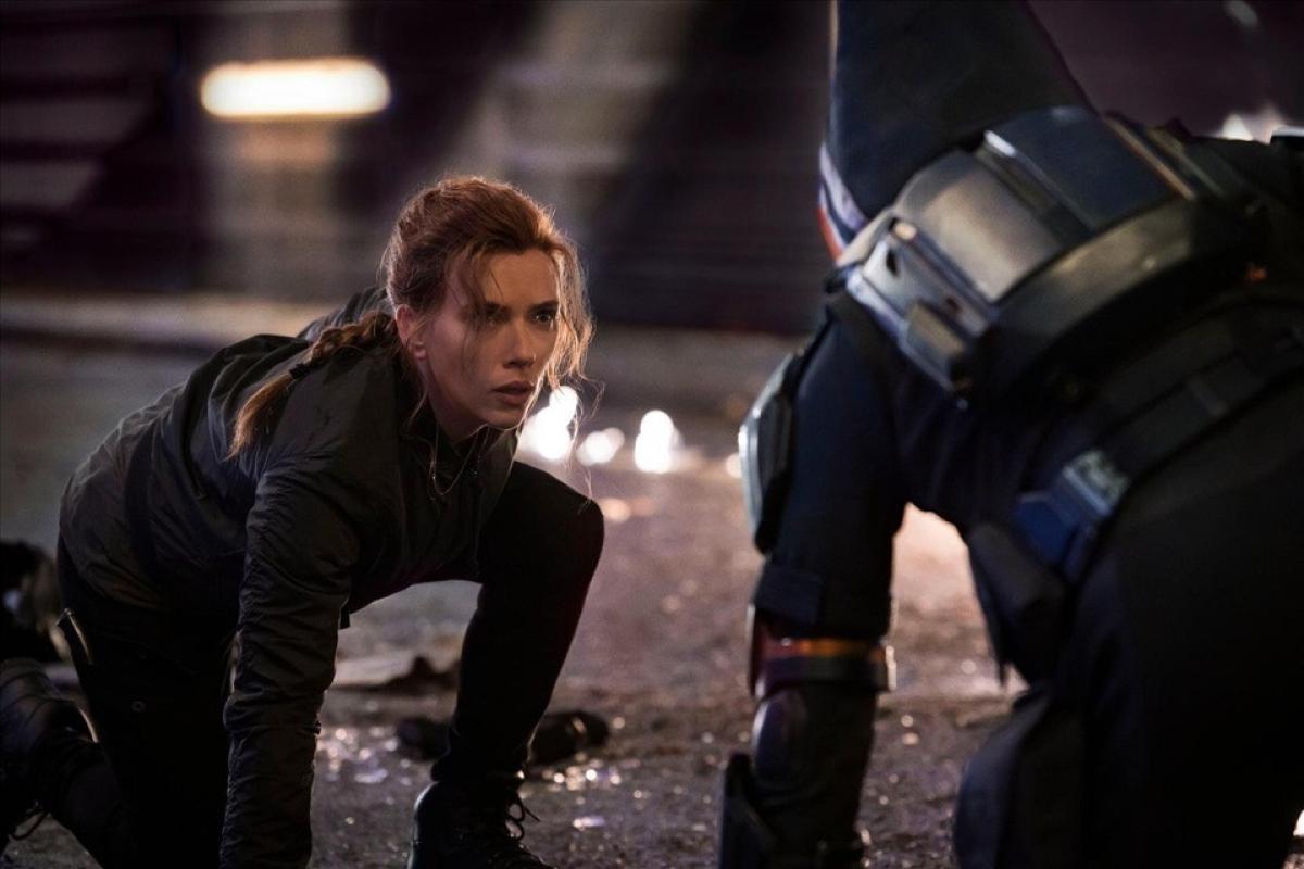 Disney đáp trả lại cáo buộc từ phía Scarlett Johansson.
