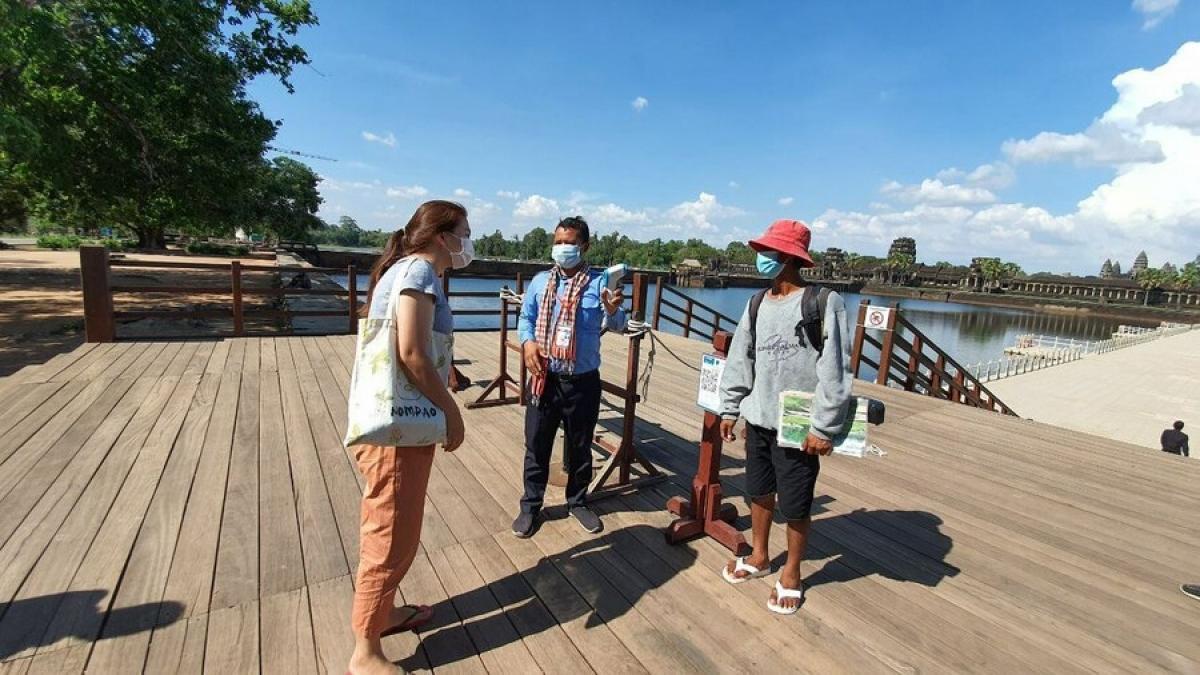 Campuchia tạm dừng mọi hoạt động du lịch trên toàn quốc để phòng chống Covid-19.
