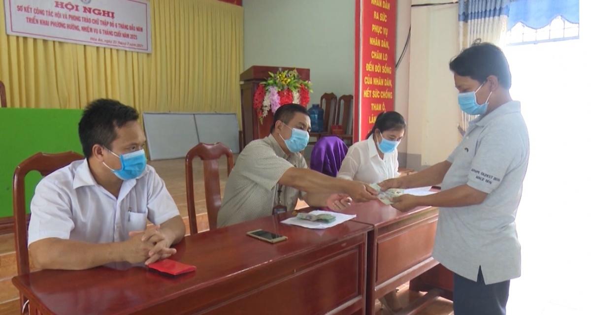 Bên cạnh công tác phòng chống dịch Covid-19, tỉnh Hậu Giang còn tập trung chăm lo cho người lao động gặp khó khăn do ảnh hưởng của dịch bệnh này.
