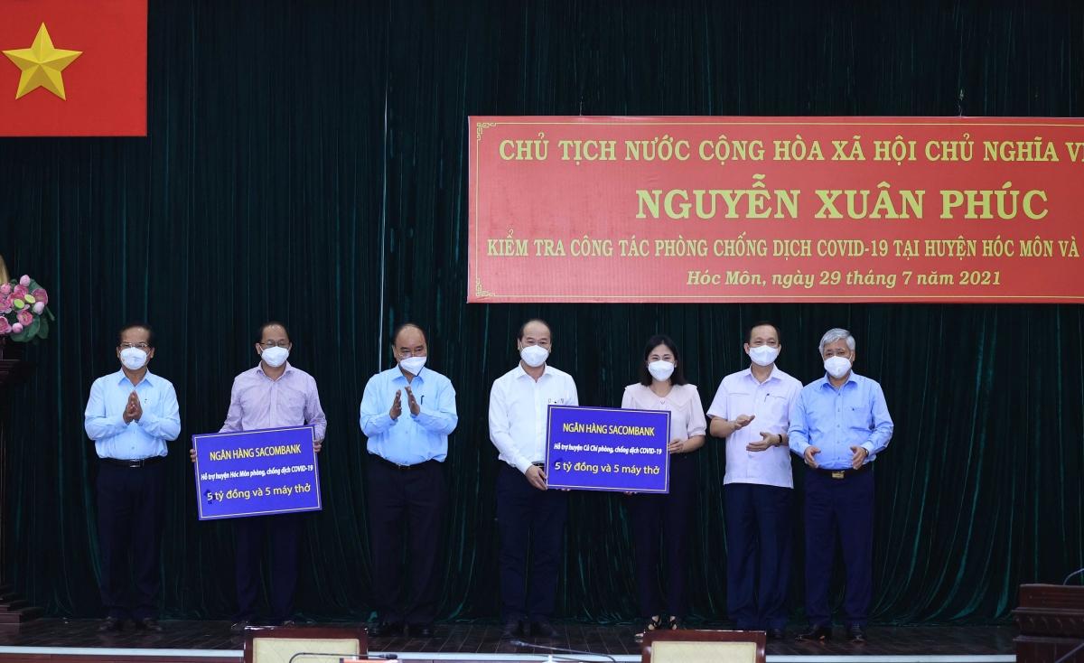 Chủ tịch nước hỗ trợ phòng chống dịch cho huyện Hóc Môn, Củ Chi.