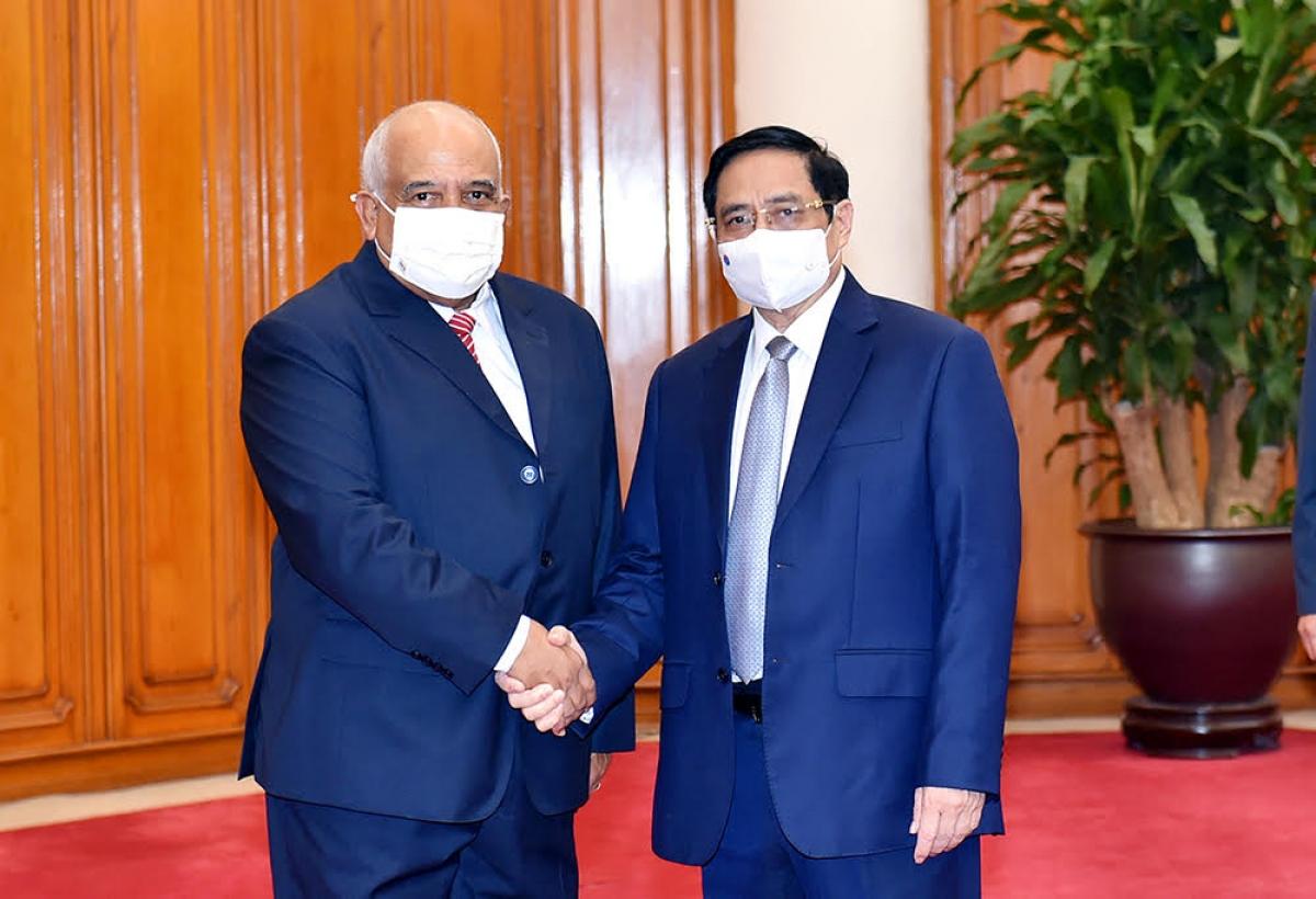 Thủ tướng Phạm Minh Chính vàĐại sứ Cuba - Orlando Nicolás Hernández Guillén