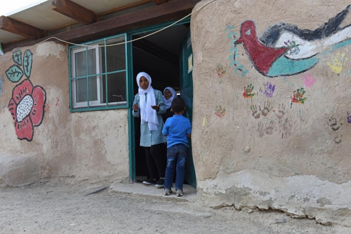 Ước tính có 80 triệu trẻ em trên thế giới không được tiếp cận với điều kiện học này. Ảnh: UN