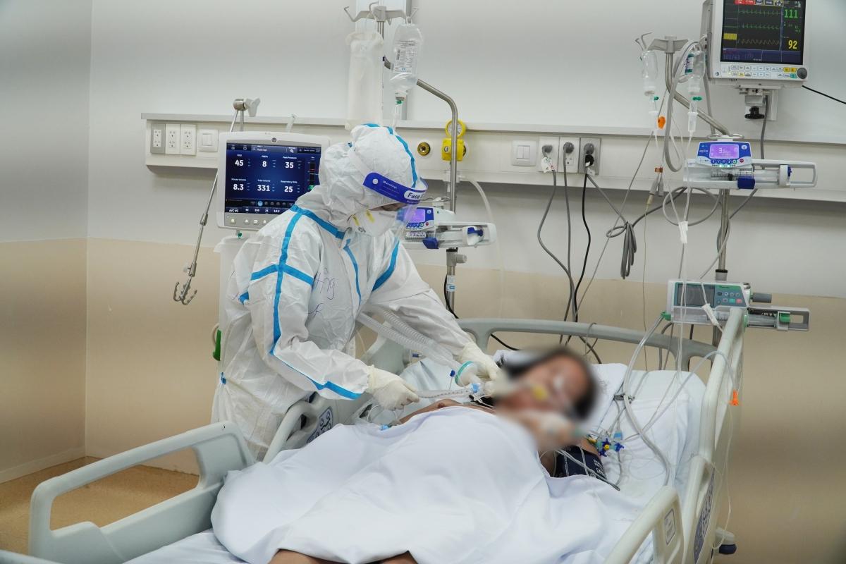 Đã có 106 bệnh nhân từ nặng chuyển thành nhẹ (Ảnh: BV cung cấp)