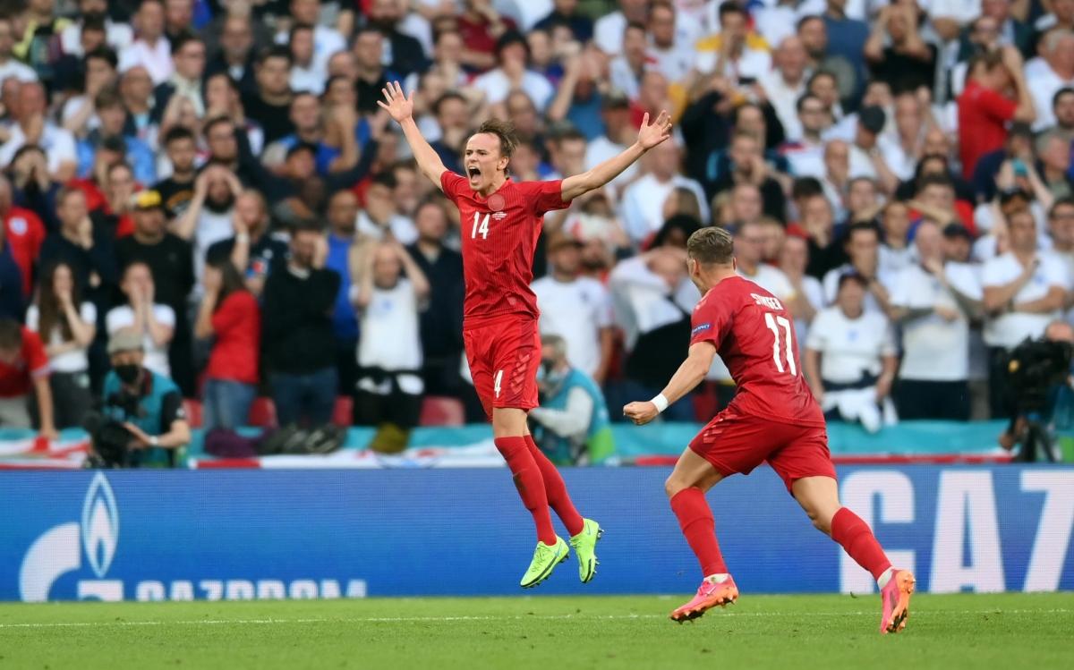 Mikkel Damsgaard đã có kỳ EURO xuất sắc khi ghi 2 bàn giúp Đan Mạch vào đến bán kết. Anh đang ở trong 'tầm ngắm' của Liverpool và Tottenham.