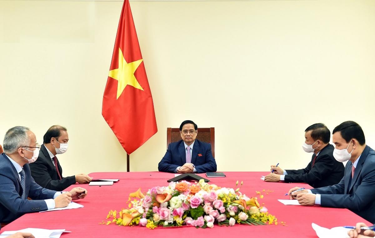 Tại cuộc điện đàm, Thủ tướng Phạm Minh Chính và Tổng thống Philippines Rodrigo Duterte nhất trí phối hợp chặt chẽ thúc đẩy quan hệ Việt Nam – Philippines trên mọi lĩnh vực, tập trung vào các trọng tâm (Ảnh: VGP/Nhật Bắc)