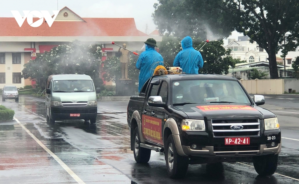 The disinfectant chemical Cloramine B is sprayed along the city's main roads.