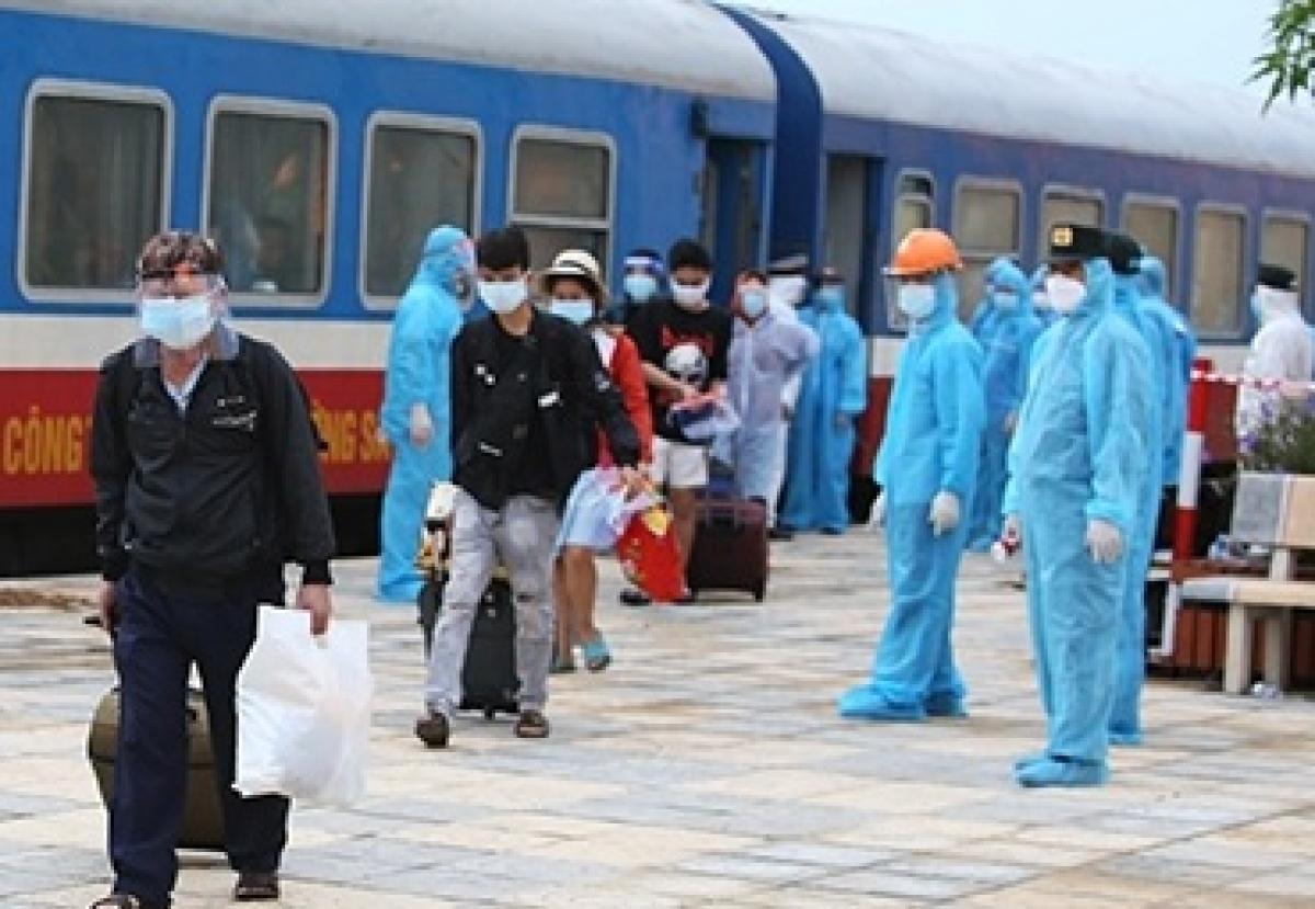 Hà Tĩnh đã đón công dân về địa phương đợt đầu trên chuyến tàu SE14.