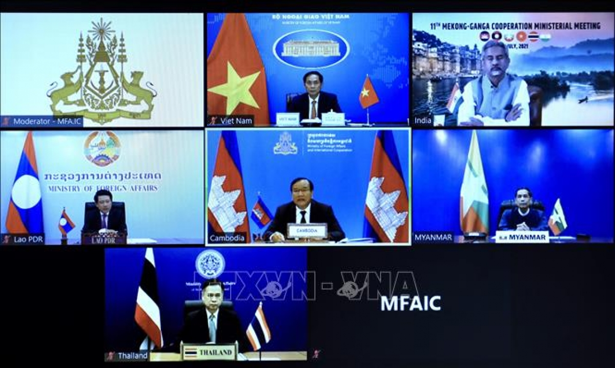 Foreign Ministers of the six member countries of the Mekong - Ganga Cooperation (MGC) attend the conference in an online format. (Photo: VNA)
