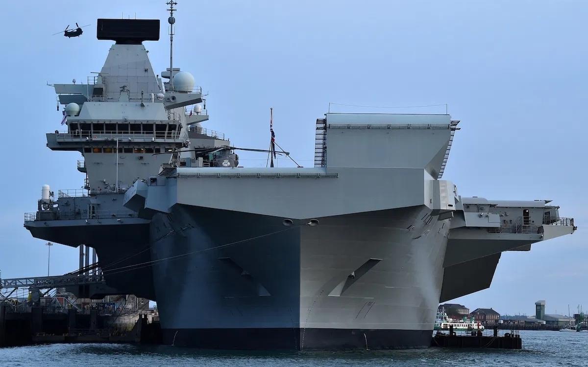 """Tàu sân bay mới của Anh mang tên """"Nữ hoàng Elizabeth"""" được triển khai tới Biển Đông. Ảnh: AFP."""