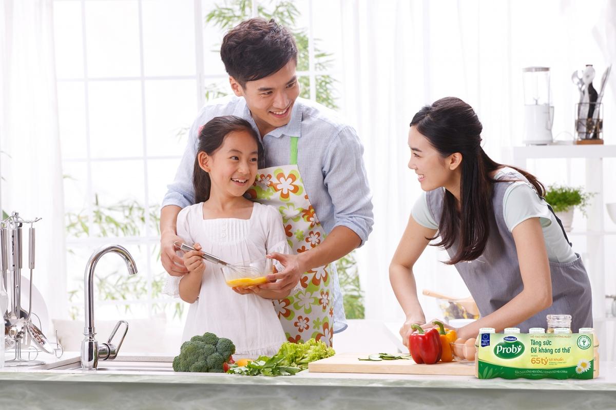 Sữa chua uống Vinamilk Probi bổ sung hàng tỷ lợi khuẩn L.Casei 431TM từ Châu Âu, giúp tăng đề kháng và hỗ trợ hệ miễn dịch.