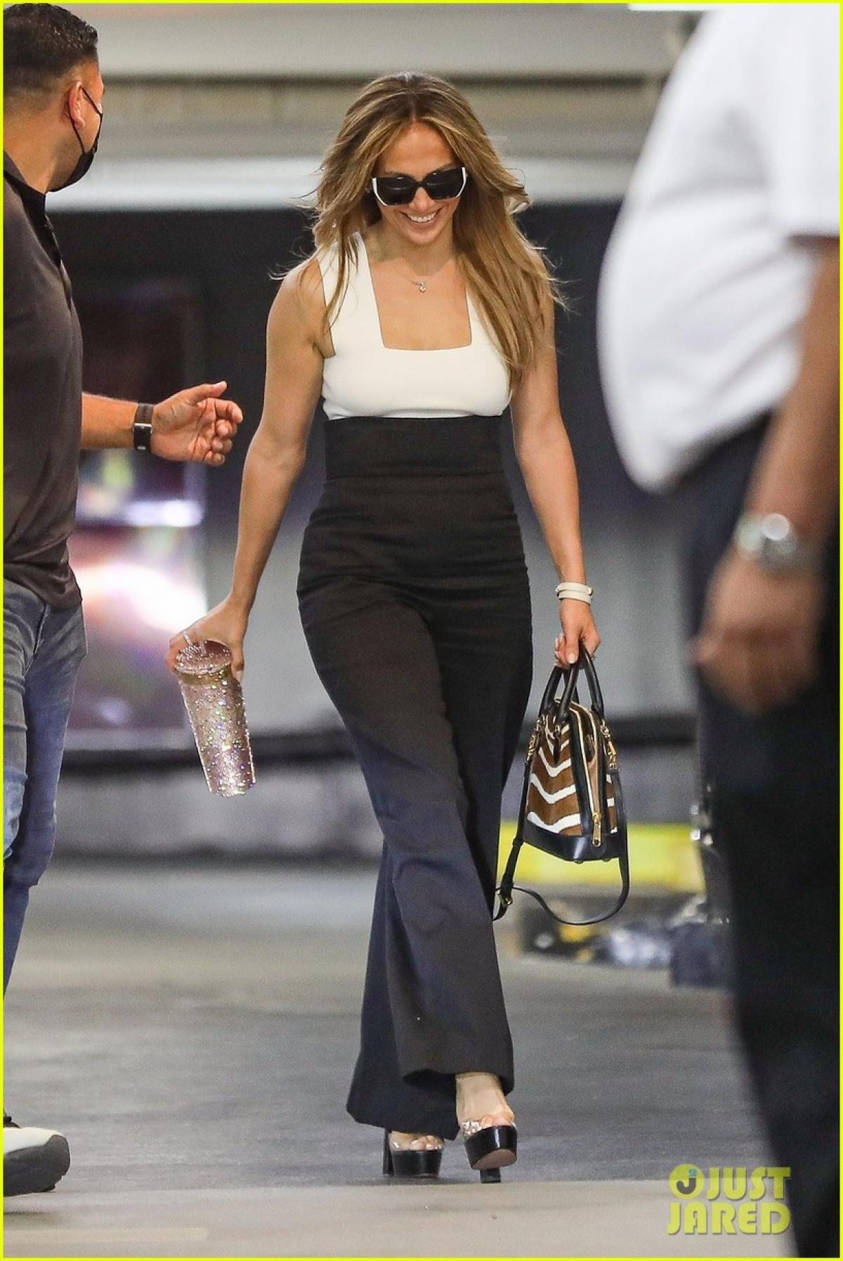 Jennifer Lopez hiện đang có mối quan hệ tình cảm bên bạn trai Ben Affleck.