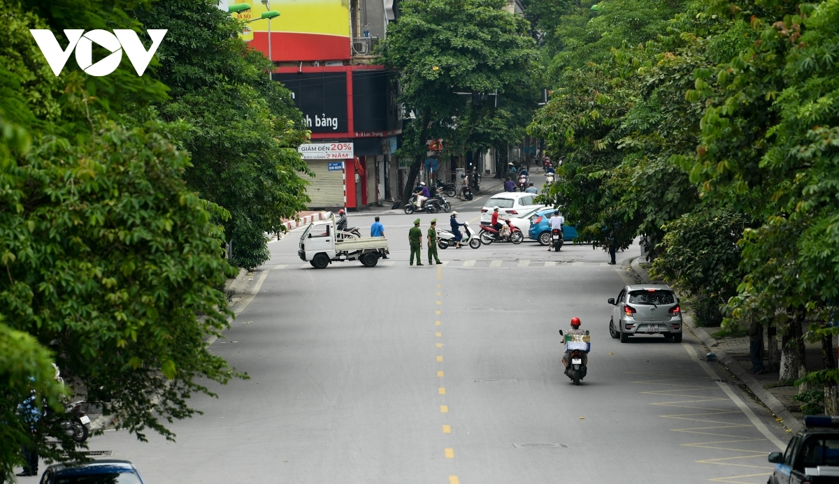 Barriers are erected on roads leading towards Hanoi Lung Hospital.