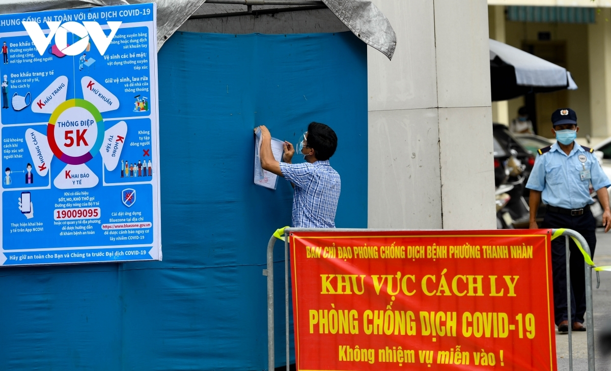 By 10:30 a.m. on July 26 Hanoi Lung Hospital records a total of 29 people who have tested positive for the SARS-CoV-2 virus.