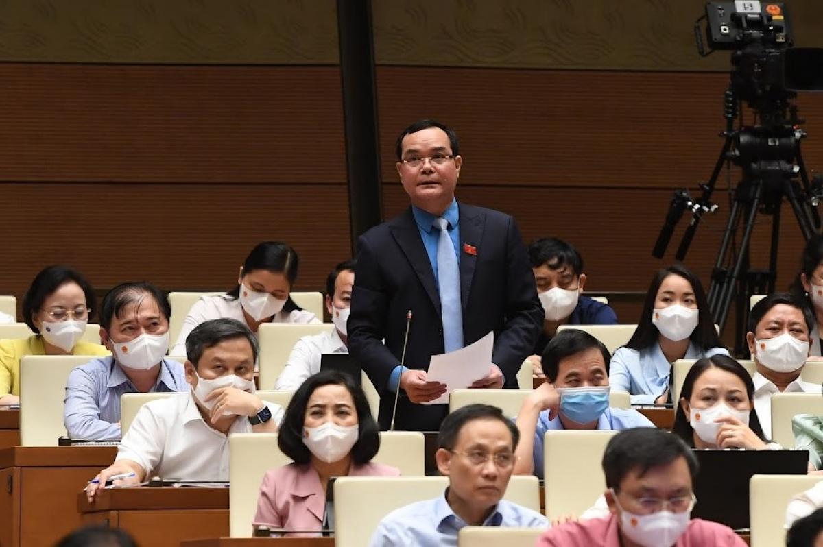 Đại biểu Nguyễn Đình Khang, đoàn Ninh Thuận - Chủ tịch Tổng Liên đoàn Lao động Việt Nam