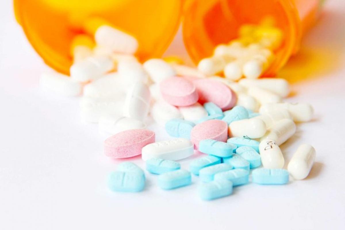 Thuốc kê đơn: Các loại thuốc chống đông máu như aspirin và warfarin dùng để điều trị các bệnh về tim mạch và đột quỵ có thể khiến một cơn chảy máu mũi thông thường trở nên nghiêm trọng hơn. Nếu bạn đang sử dụng các loại thuốc này, hãy tìm kiếm trợ giúp y tế ngay khi bạn bắt đầu bị chảy máu mũi.