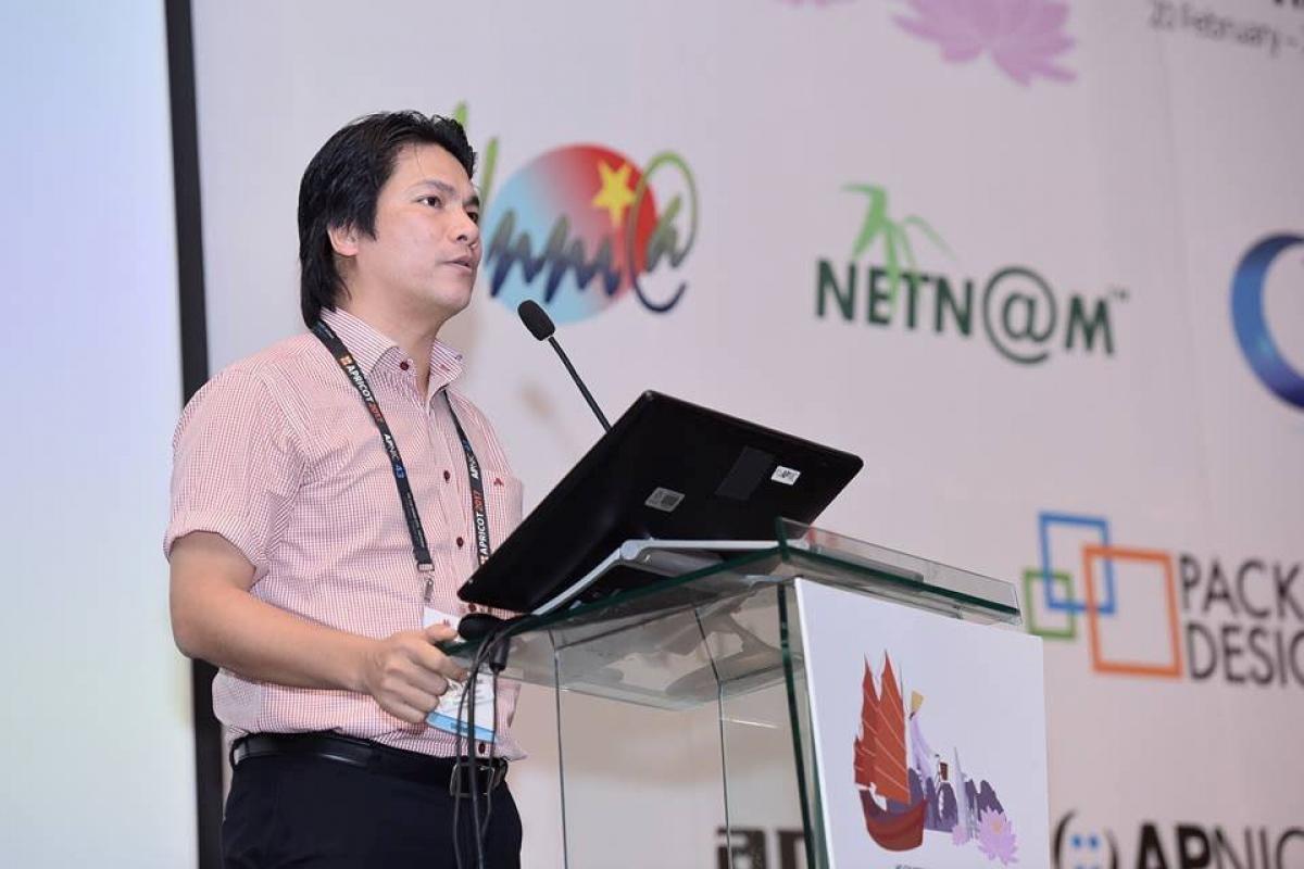 Ông Vũ Thế Bình, Tổng giám đốc NetNam, Tổng thư ký Hiệp hội Internet Việt Nam - VIA.