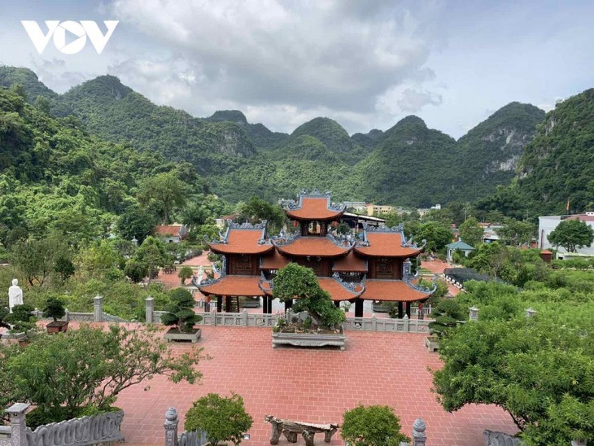 A bird-eye view of Tan Thanh pagoda