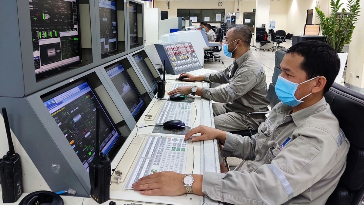Các kỹ sư, chuyên gia PVFCCo luôn cố gắng vận hành Nhà máy Đạm Phú Mỹ an toàn, ổn định.