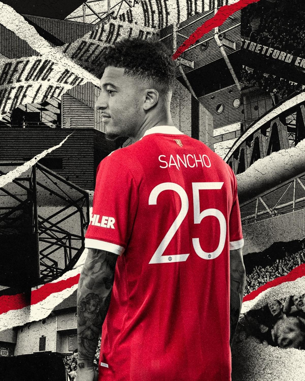 Jadon Sancho nhận chiếc áo số 25. (Ảnh: MUFC)