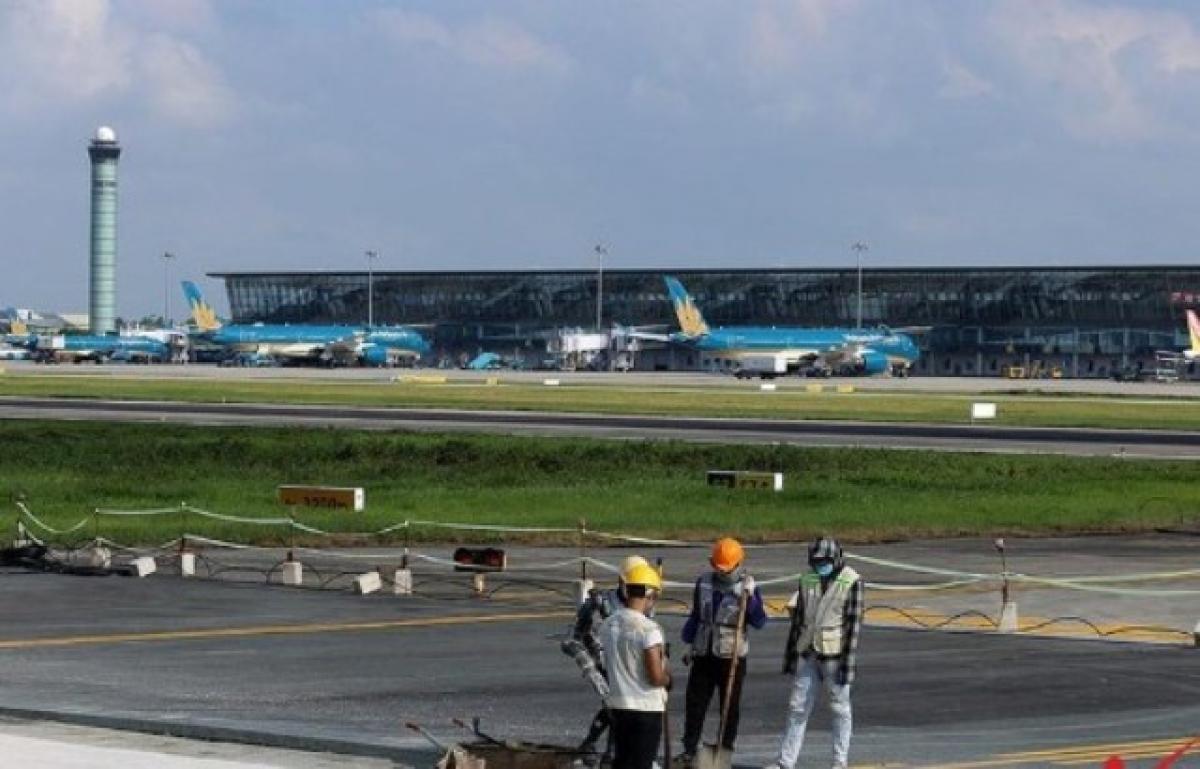 Giai đoạn đến năm 2030, sân bay Nội Bài sẽ được đầu tư xây dựng để đáp ứng công suất khoảng 65 triệu hành khách/năm.