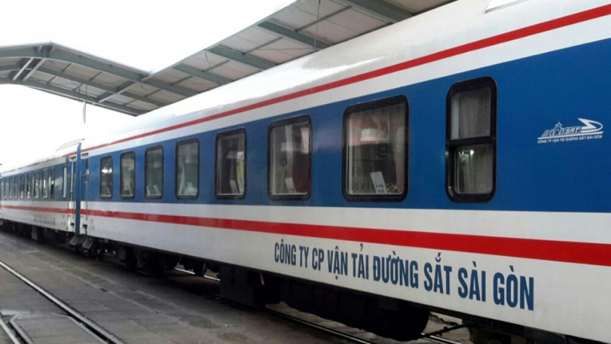 Đường sắt tiếp tục lập tàu chuyên biệt đưa người dân về từ TP.HCM.