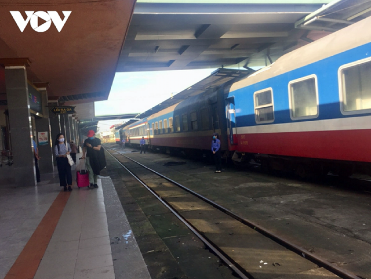 Cục Đường sắt Việt Nam kiến nghị cấp có thẩm quyền phê duyệt đề án cơ cấu lại Tổng công ty Đường sắt Việt Nam.