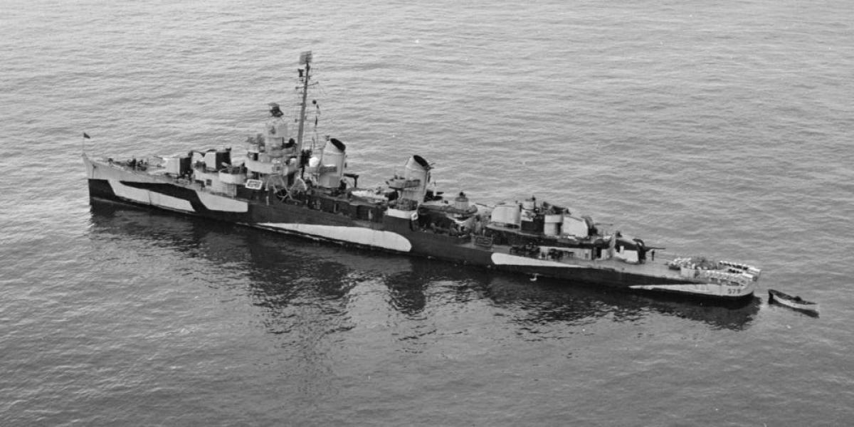 Tàu khu trục USS William D. Porter ở Vịnh Massacre ở Attu, quần đảo Aleutian ngày 9/6/1944. Ảnh: Hải quân Mỹ