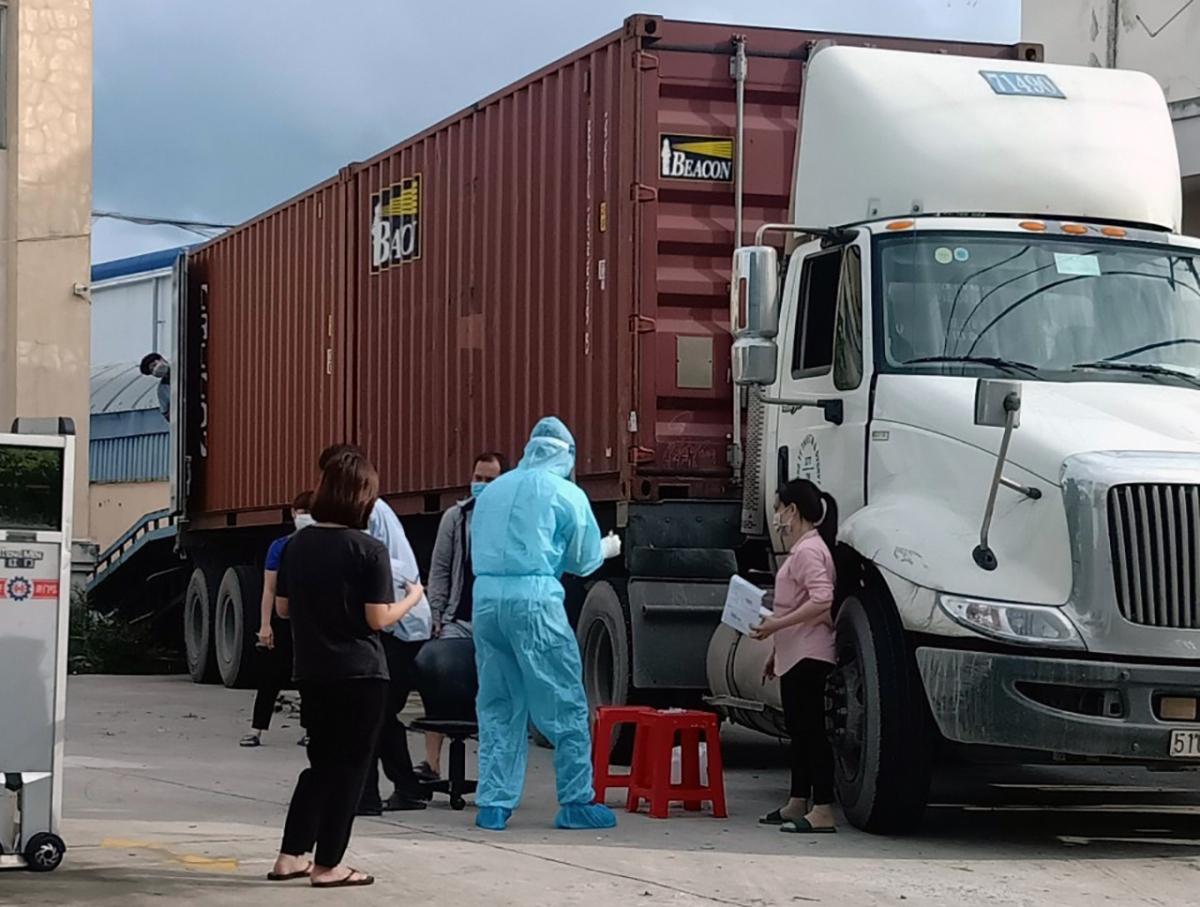 Xuất hiện một ổ dịch lớn trong khu công nghiệp ở Tây Ninh (Ảnh: Thắm Nguyễn)