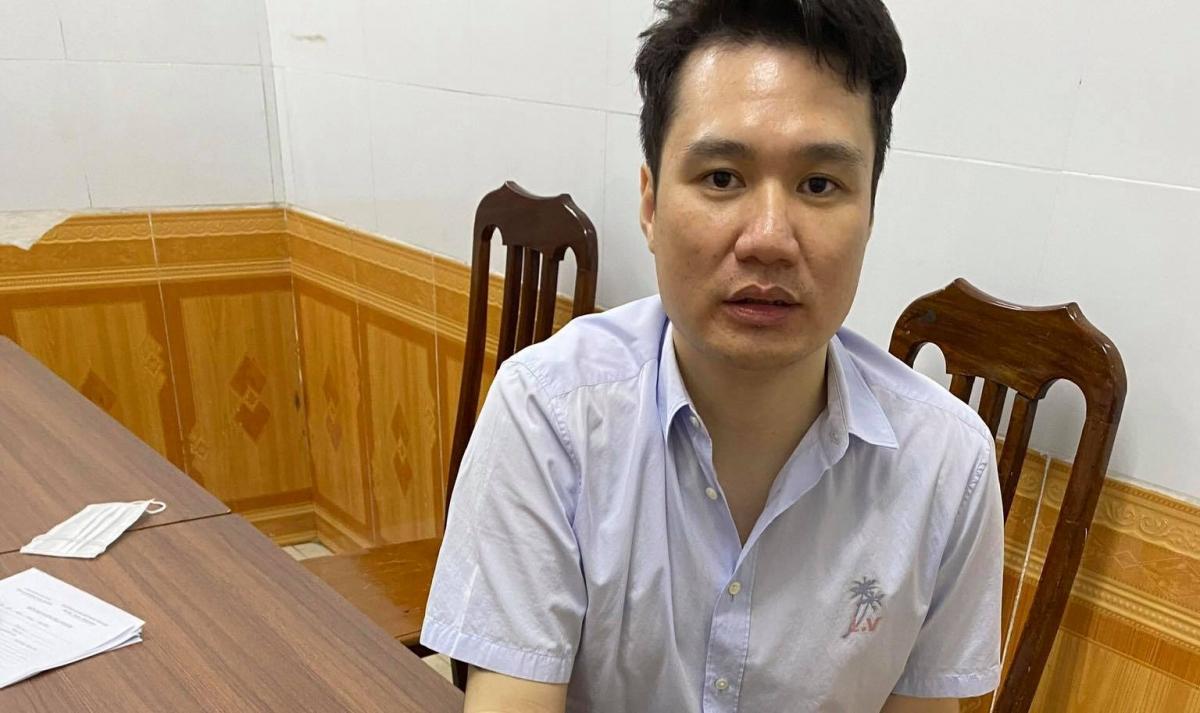 Đối tượng Thuận tại cơ quan công an