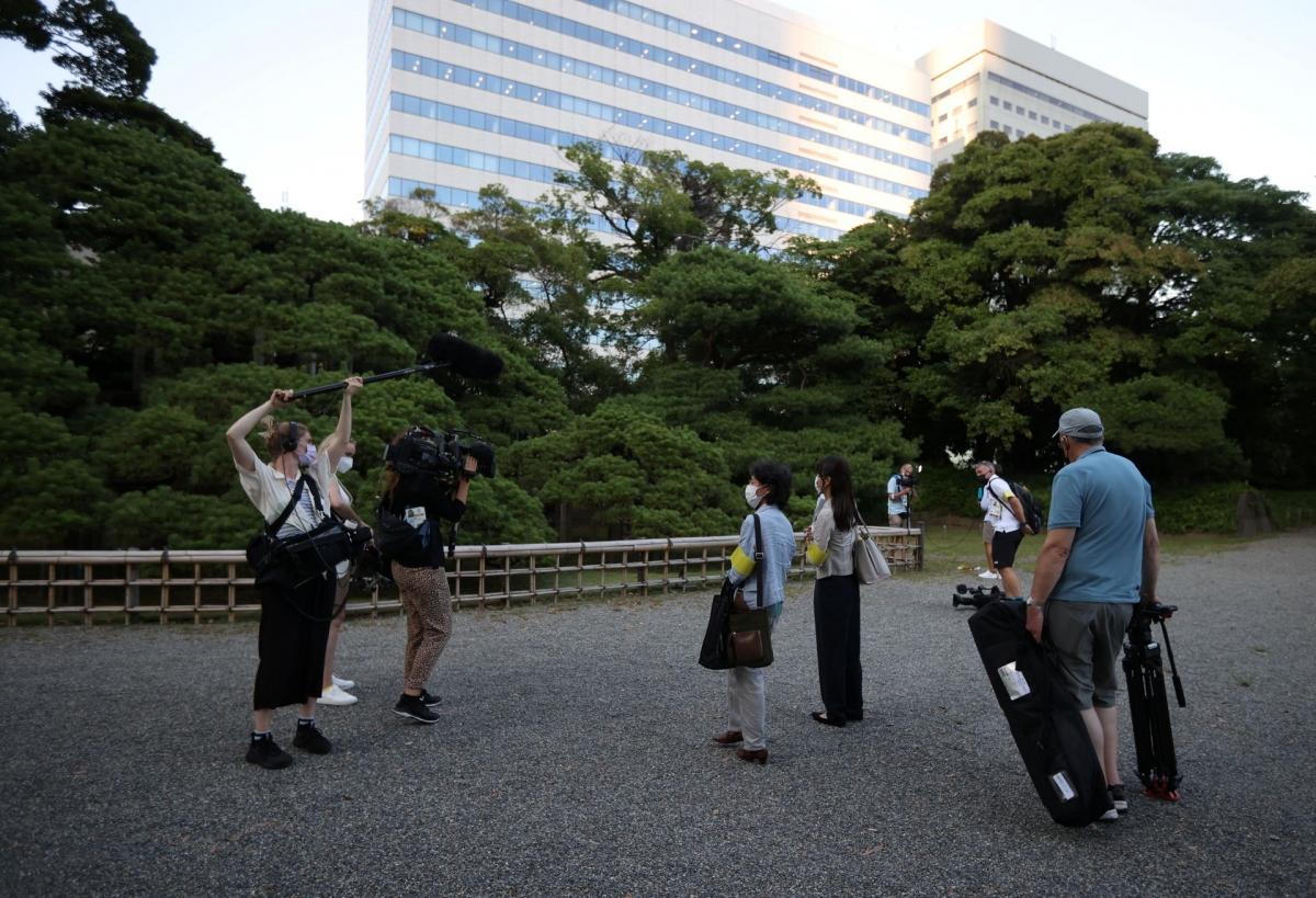 Các phóng viên tham gia tour du lịch trước thềm Thế vận hội Tokyo. Nguồn: Reuters